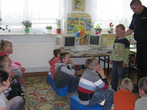 http://images35.fotosik.pl/157/9418e92e9604aed1med.jpg
