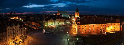 Warszawa #WarszawaNocą