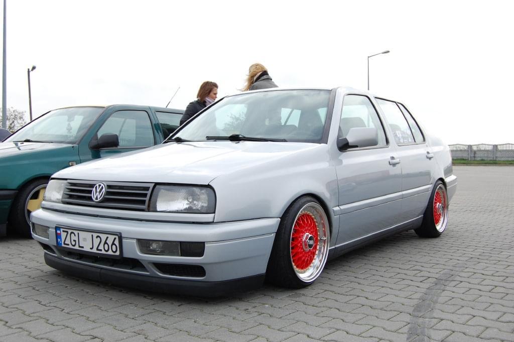 [ VW ] VENTO Ff2df8c053935fa2
