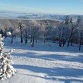 Widok na Karpacz i okolice z tarasu widokowego Kościółka Wang #Karpacz #KościółekWang #zima #Karkonosze