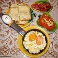 Jajecznica ,,maczanka,, Przepisy do zdjęć zawartych w albumie można odszukać na forum GarKulinar . Tu jest link http://garkulinar.jun.pl/index.php Zapraszam. #jajka #śniadanie #KolacjaNapoje #jedzenie #kulinaria #gotowanie