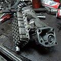 pompa wtryskowa i obudowa filtra oleju #w201 #om601 #vito #turbo #diesel #mercedes