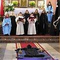 Żywy w naszej pamięci - ks. Jerzy Popiełuszko w rocznicę męczeńskiej śmierci. Montaż słowno - muzyczny w wykonaniu młodzież z Parafii Najświętszego Serca Jezusowego w Koźle w dniu 18-11-2007r #ksiądz #Jerzy #Popiełuszko #rocznica