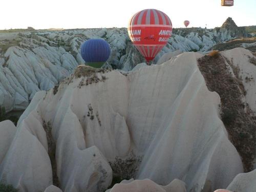 Kapadocja - lot balonem Więcej zdjęć i opisów na stronie: http://obiezyswiat.org/index.php?gallery=2316 #Turcja #Kapadocja #Balony